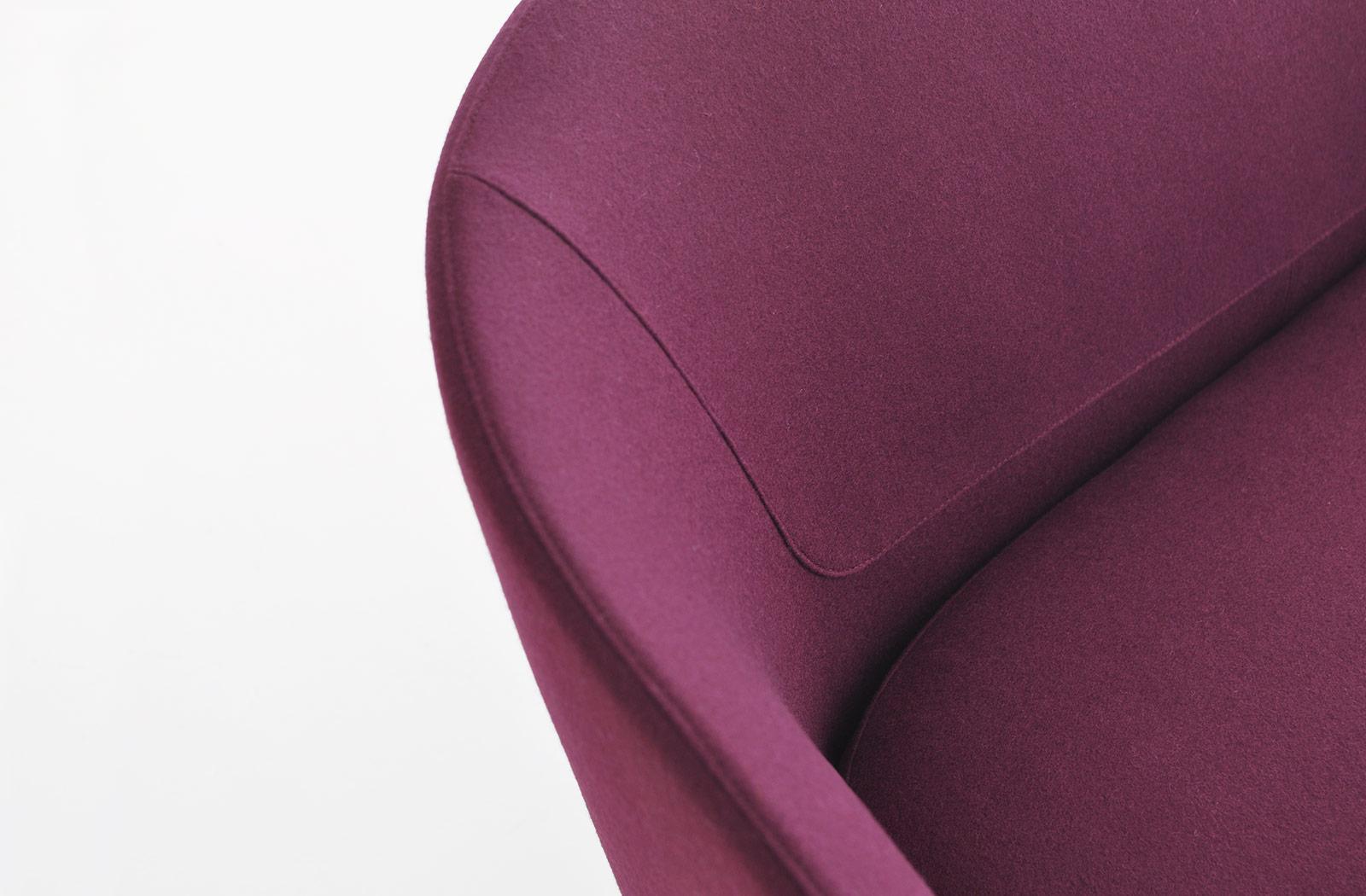 U Sofa by Bensen