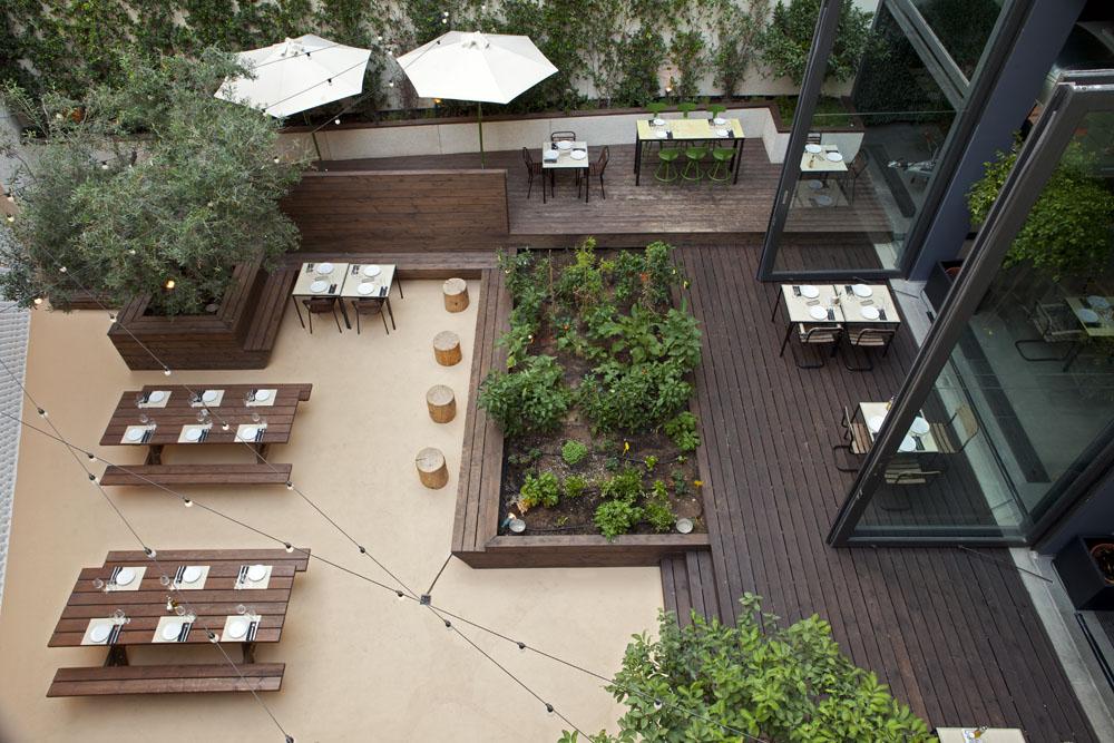 48 Urban Garden by AK-A Architects