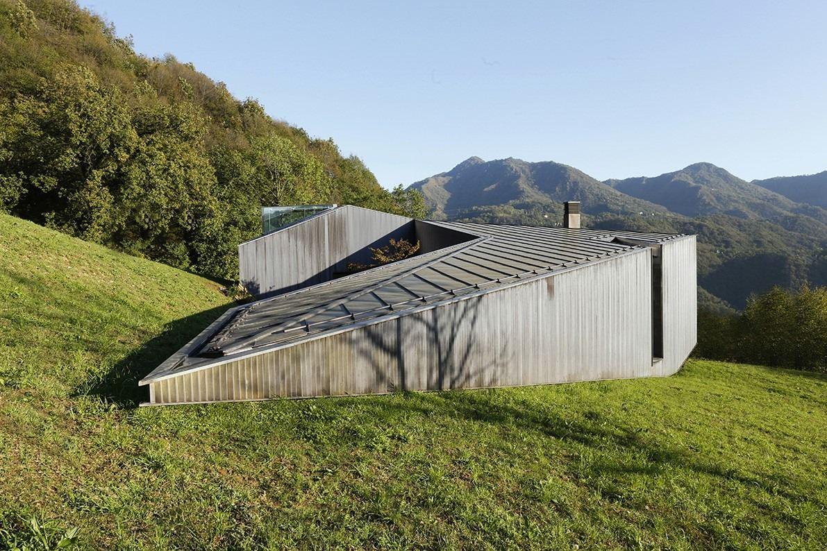Alps villa in brescia by cba camillo botticini architect for Cba landscape architects