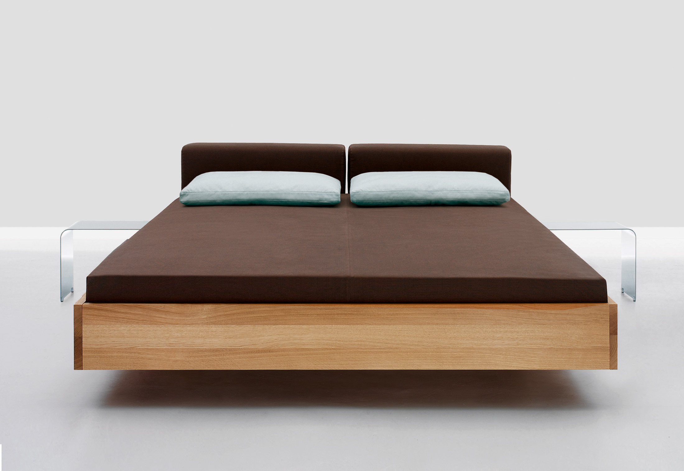 Doze Bed by Zeitraum