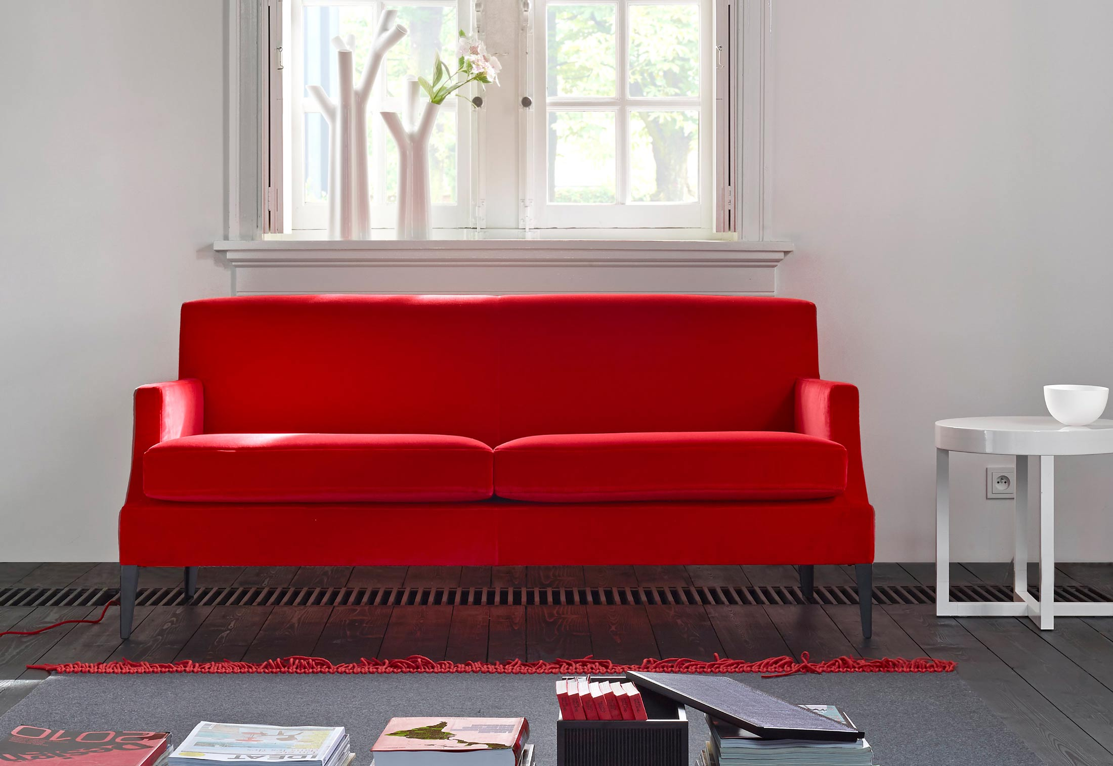 voltige sofa by didier gomez for ligne roset sohomod blog. Black Bedroom Furniture Sets. Home Design Ideas