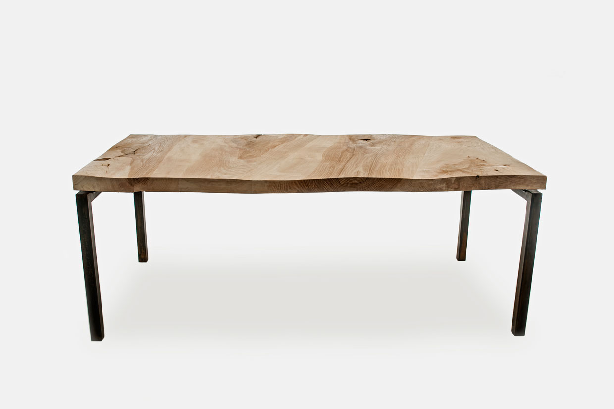 Baam Dining Table by Tante Lotte
