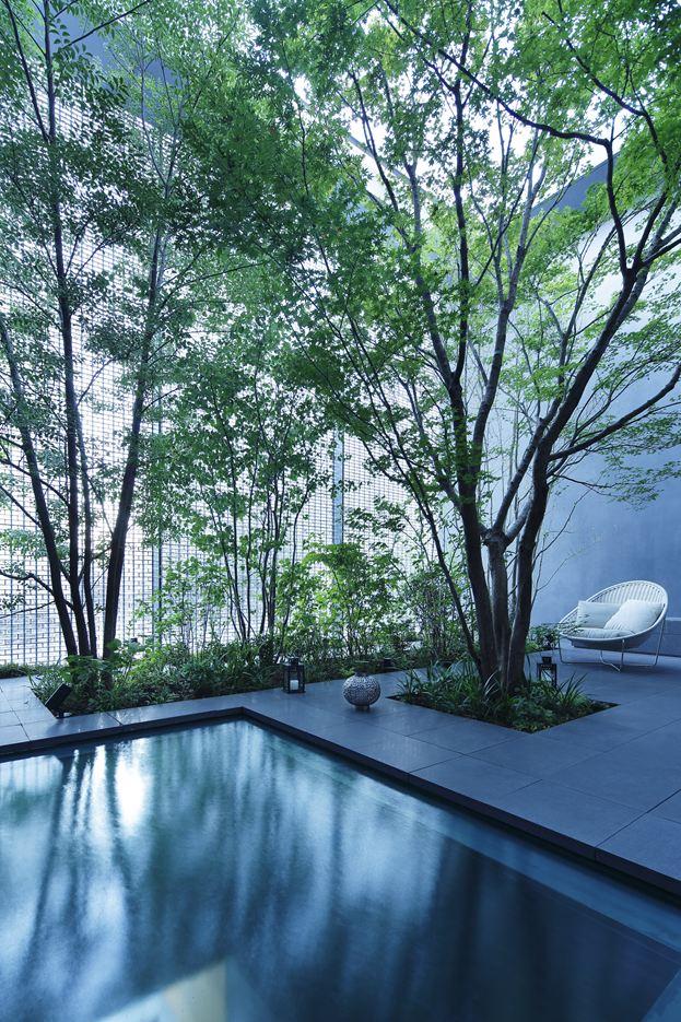 Optical Glass House in Hiroshima, Japan by Hiroshi Nakamura & NAP