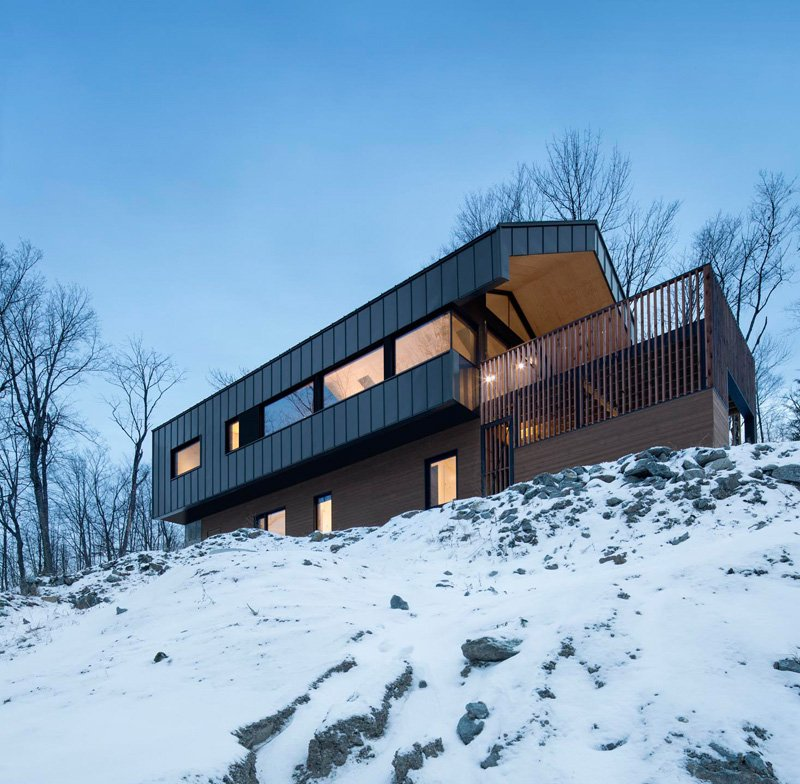 Bolton Residence in Quebec, Canada by naturehumaine