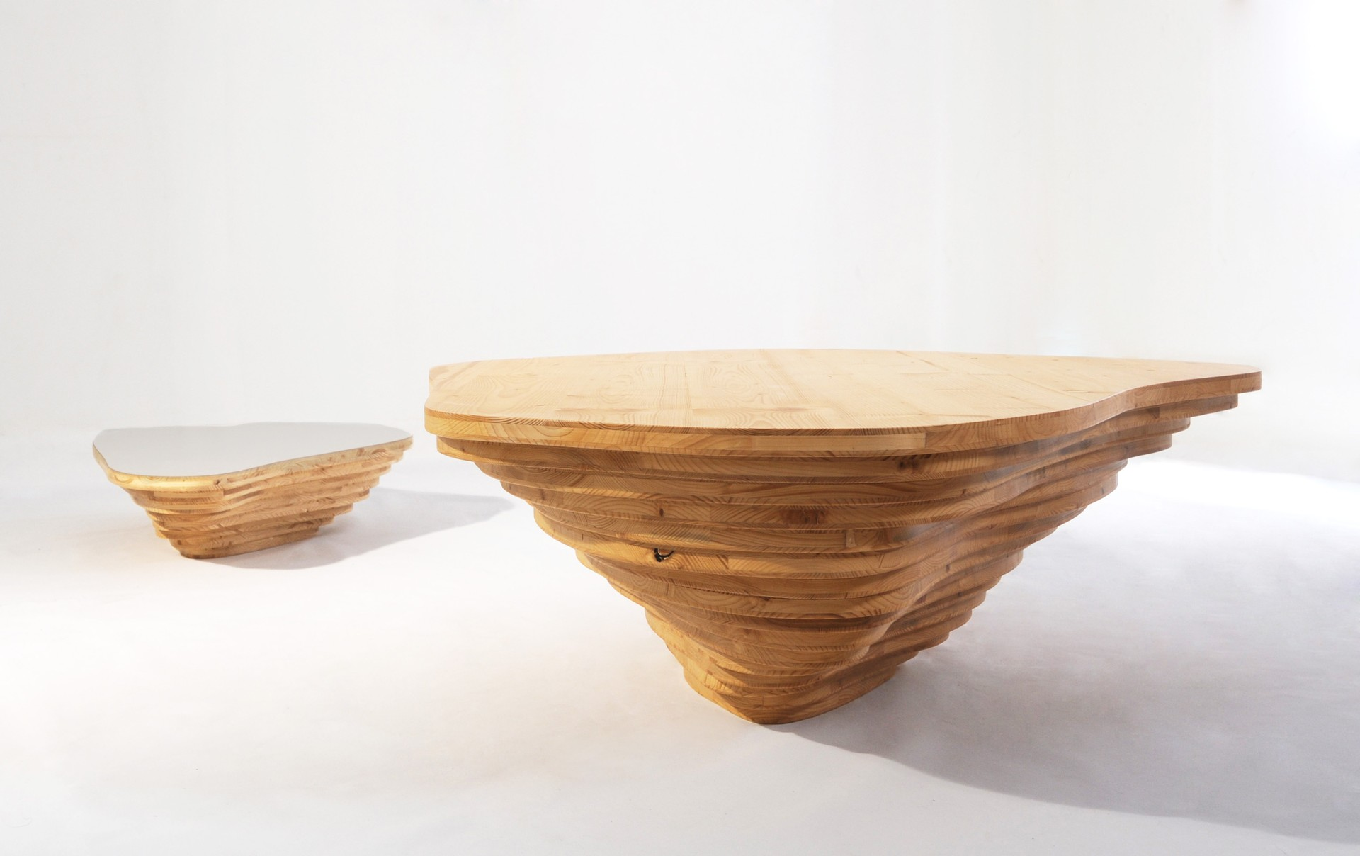 Livingisland Table by Smarin