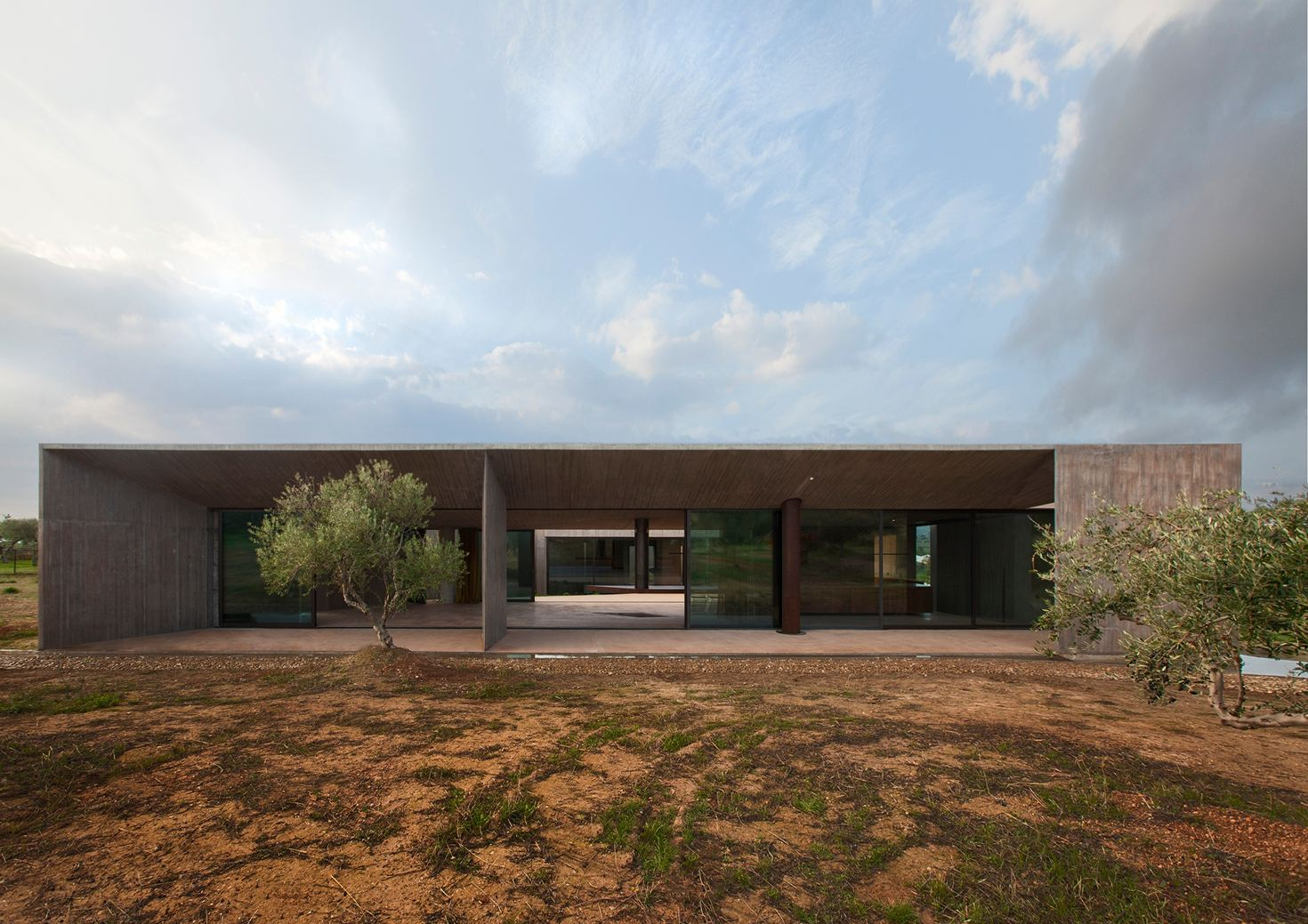 Residence in Megara, Greece by tense architecture network