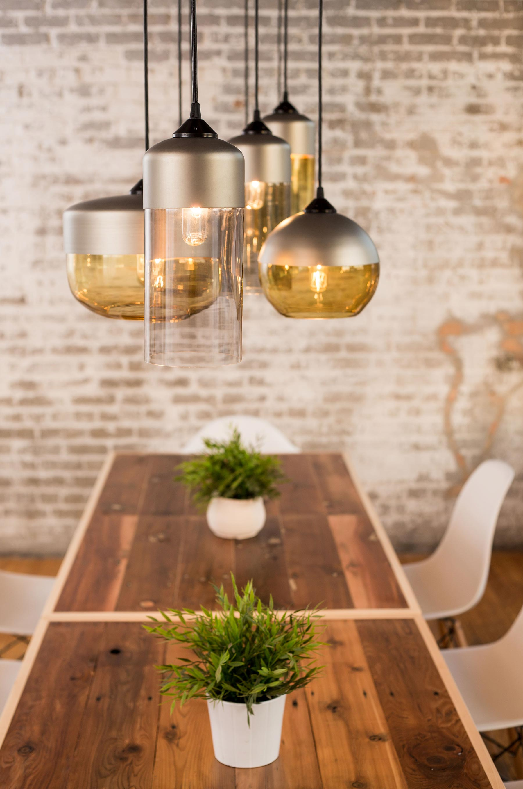 Parallel Series Pendant Lamps by Hennepin Made