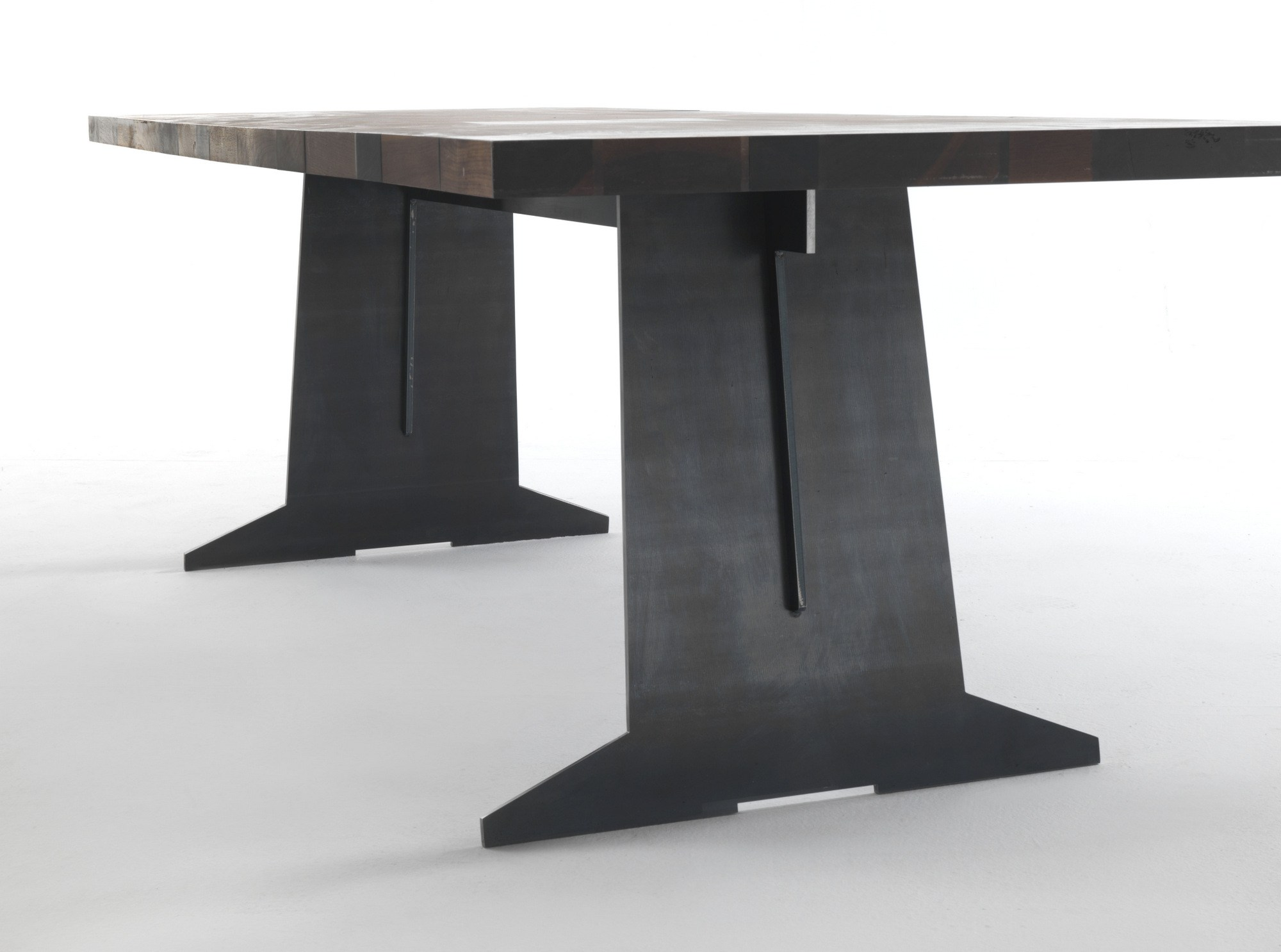 GoodWood Dining Table by Riva 1920