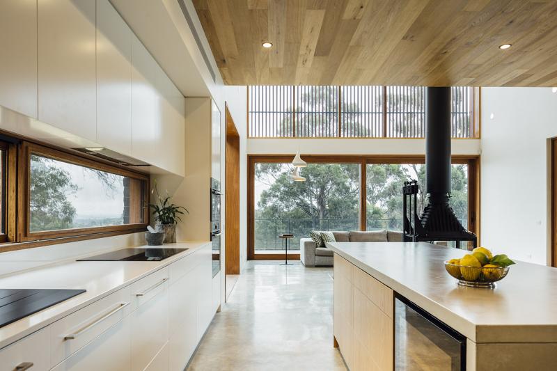 Invermay House in Ballarat, Australia by Moloney Architects