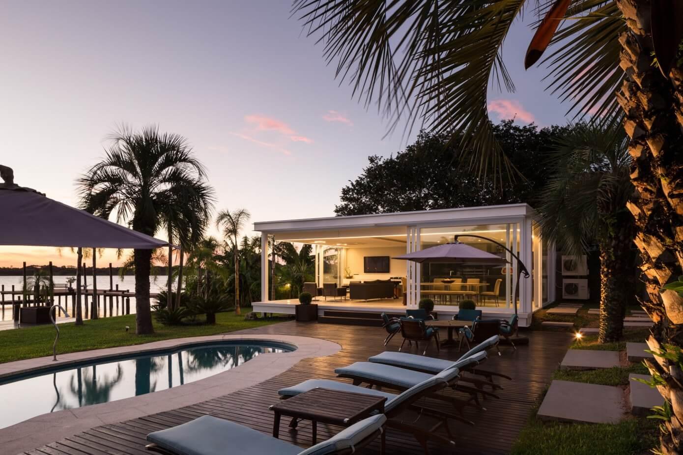 Pool House in Porto Alegre, Brazil by Kali Arquitetura