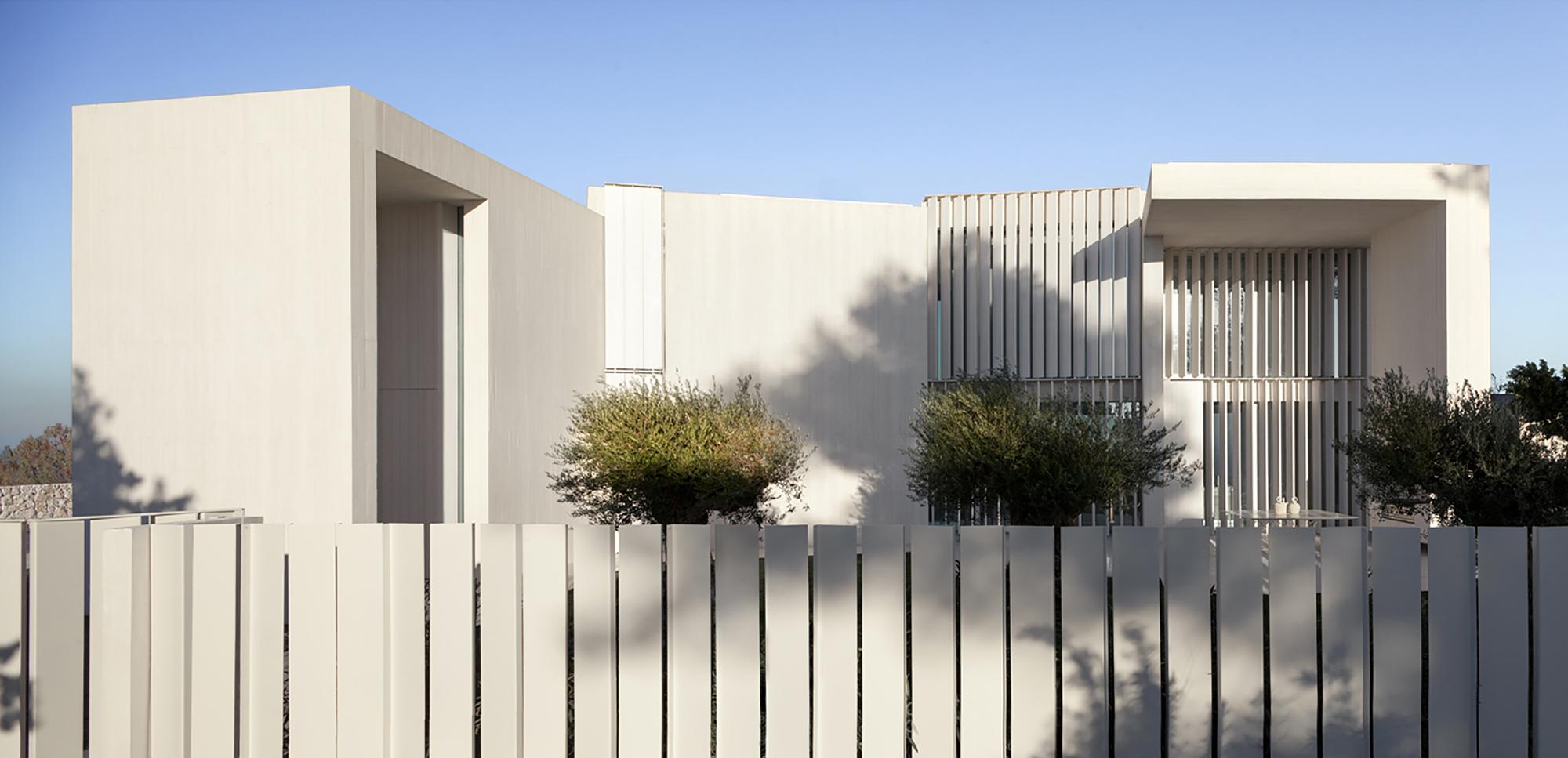 Sardinera House in Costa Blanca, Spain by Ramon Esteve Estudio
