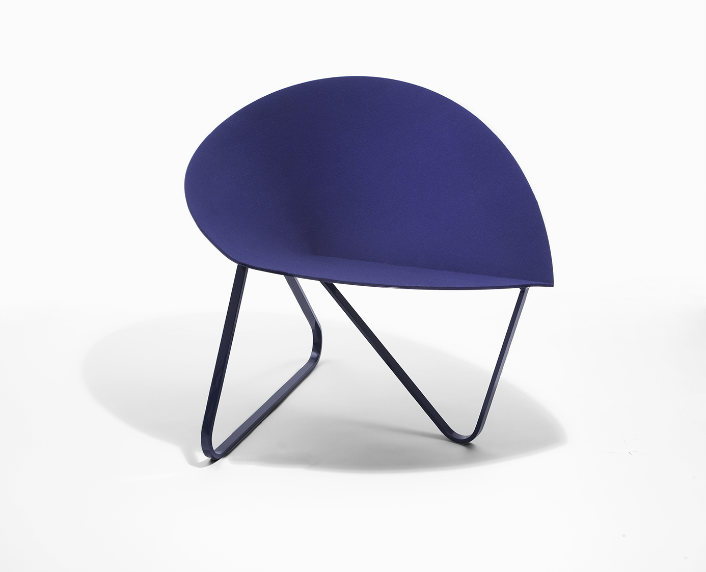 Curved Chair by Nina Cho