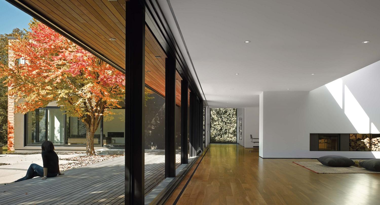 Echo House in Toronto, Canada by Paul Raff Studio