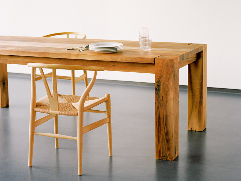 BIGFOOT Table by Philipp Mainzer for e15