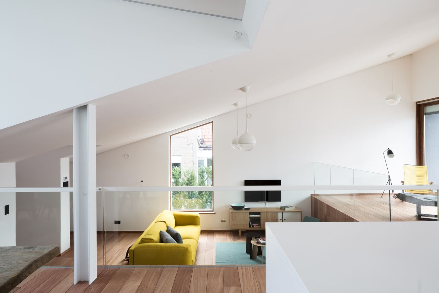 House PIBO in Gent, Belgium by OYO