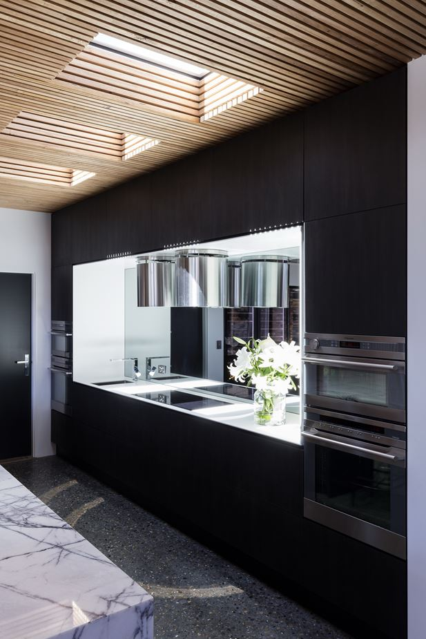 Bowral Australia  city photos : Bundaroo House in Bowral, Australia by Tziallas Omeara Architecture ...