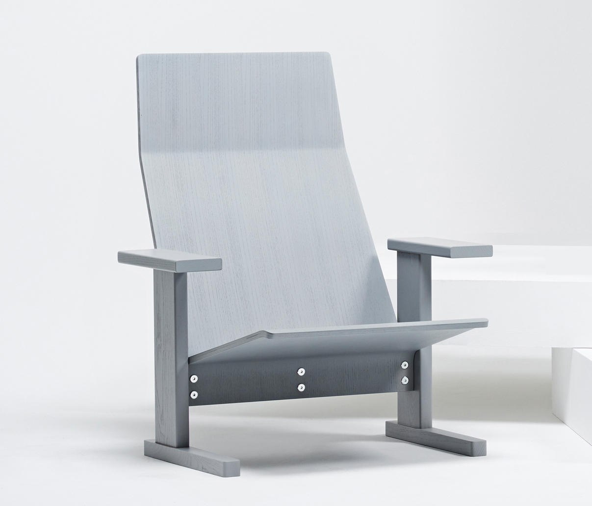 Quindici Lounge Chair by Mattiazzi