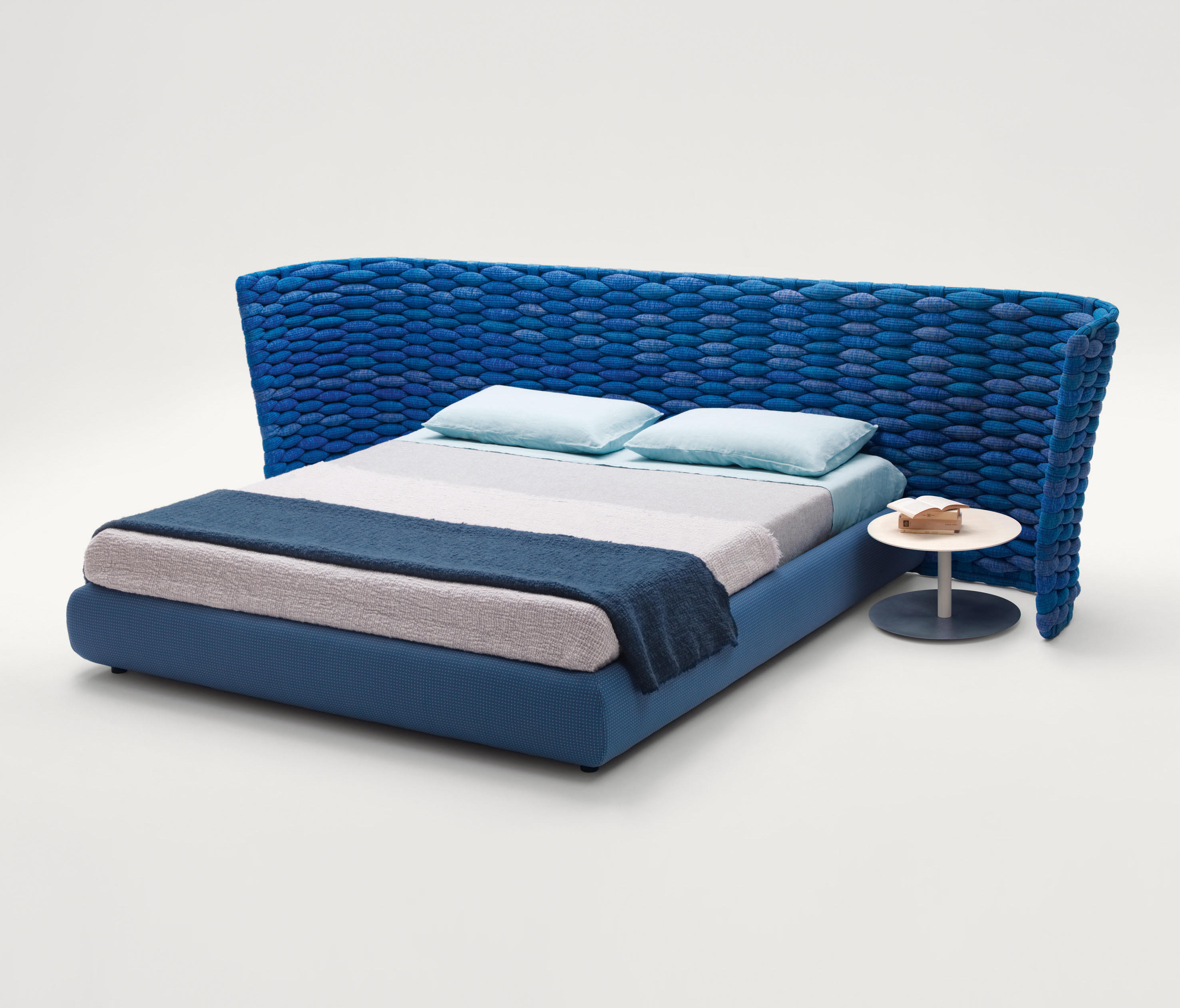Silent Bed by Francesco Rota for Paola Lenti