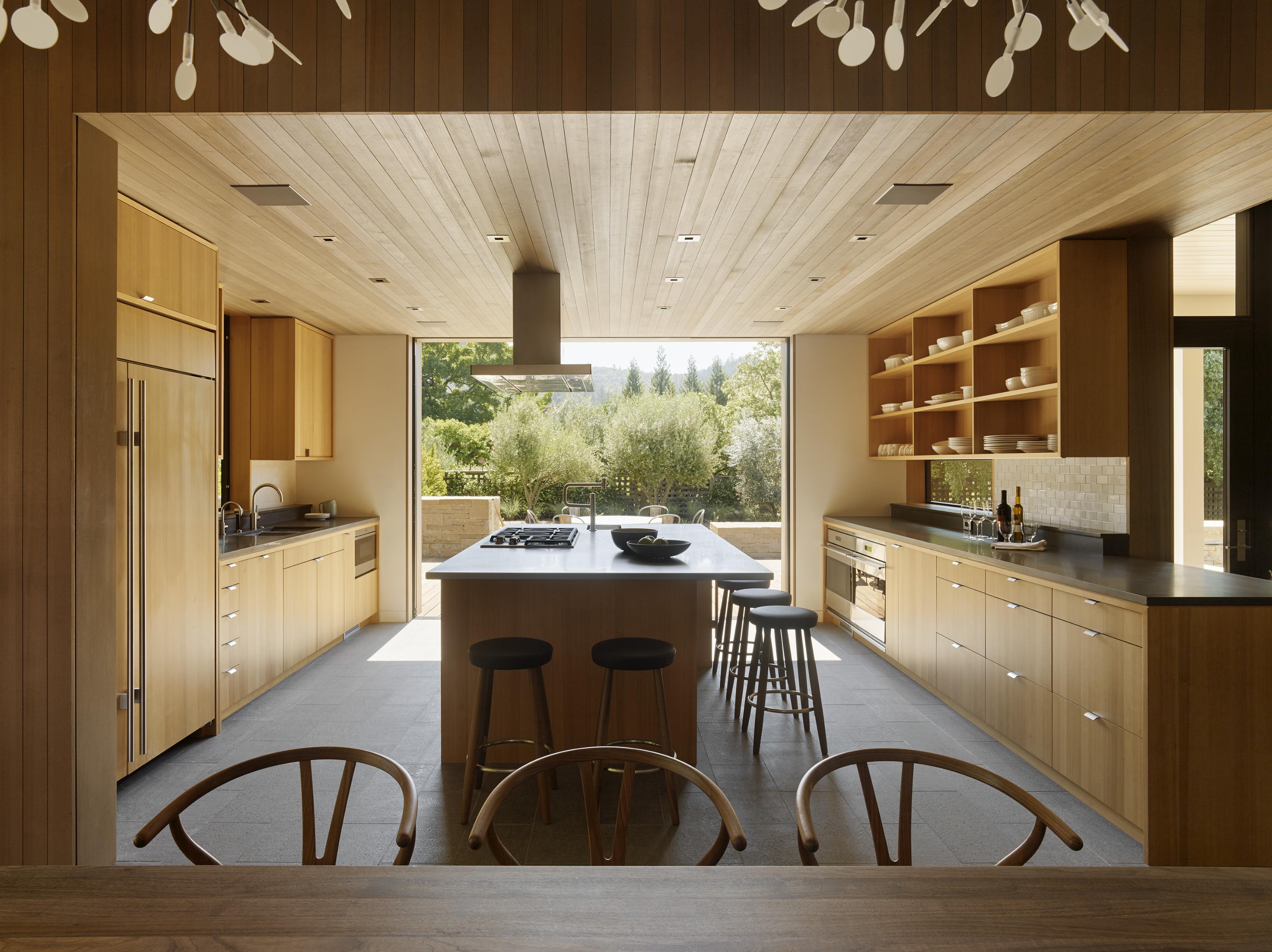 Wine Country Farmhouse in Calistoga, CA by Bohlin Cywinski Jackson