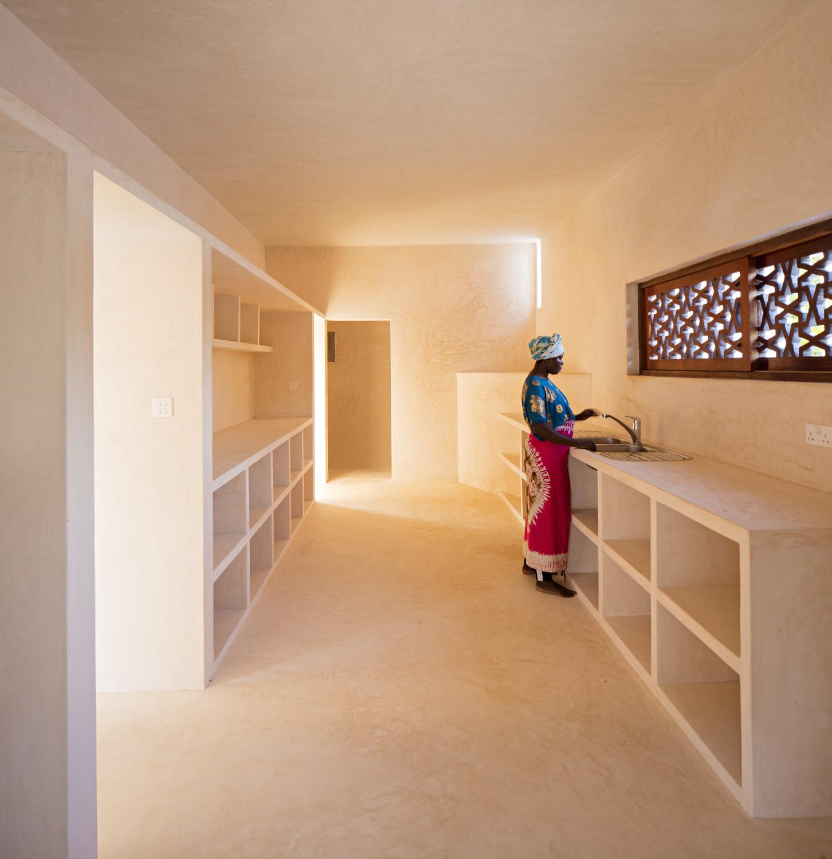 Dalton House in Kilifi, Kenya by Alberto Morell Sixto