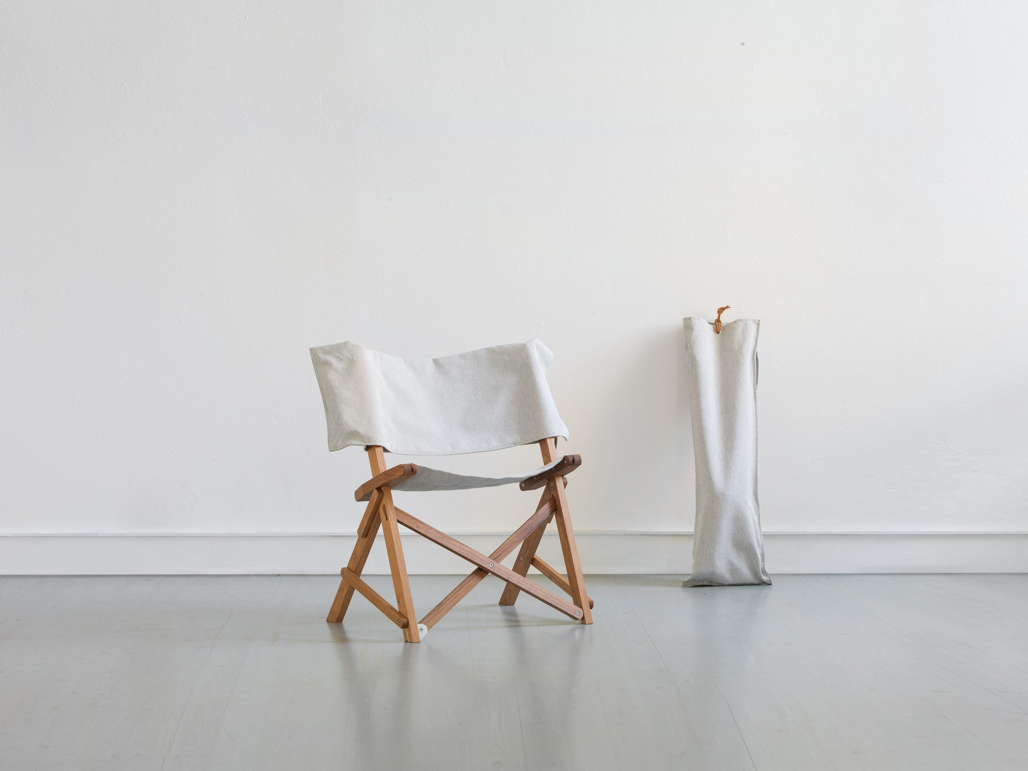"""Folding Solid Wood Chair """"Dino"""" by Manifesto Design"""