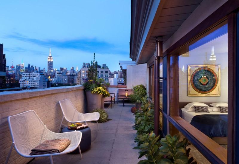 Duplex Barrow Street in New York by Deborah Berke Partners