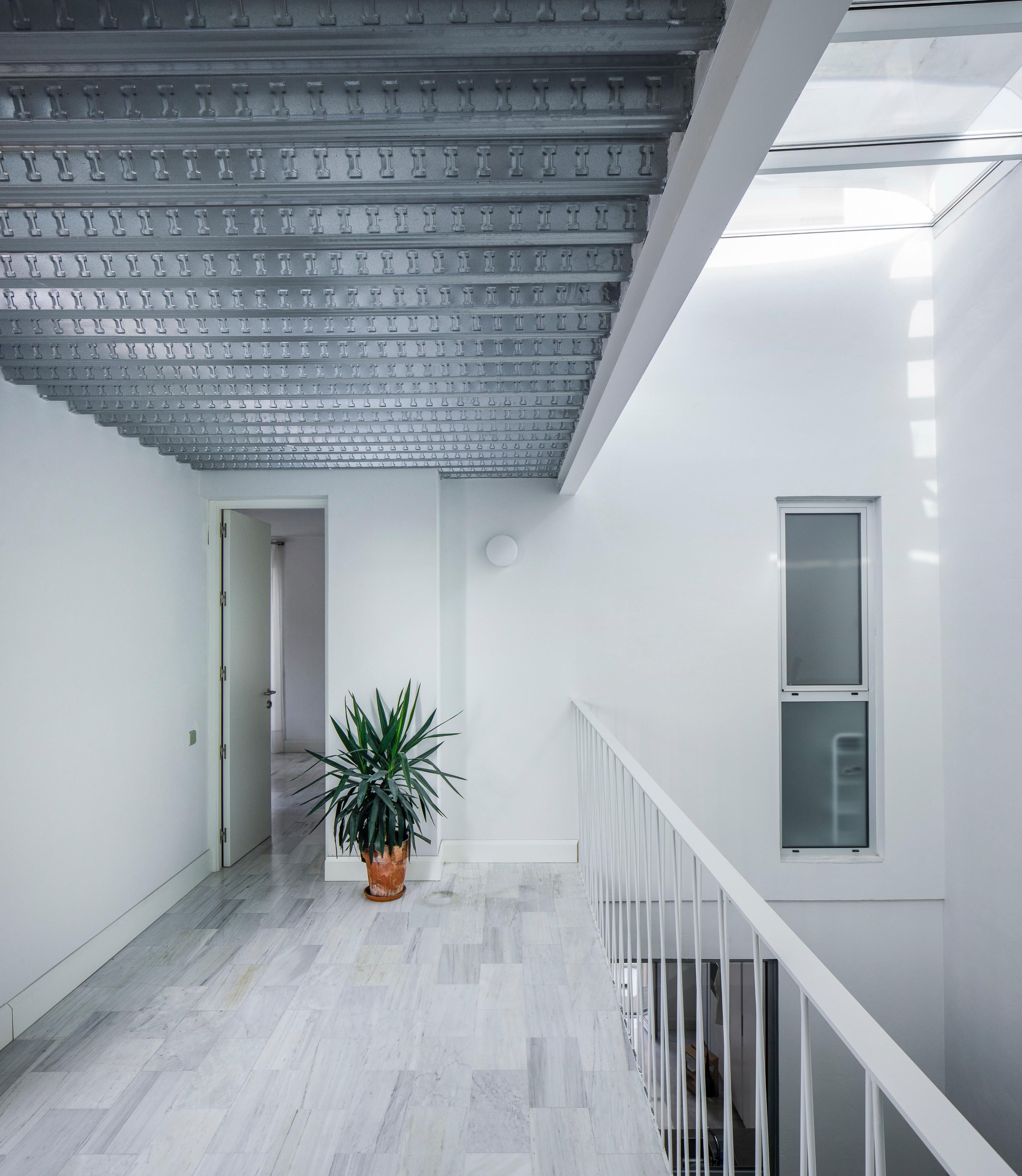 Casa Recacha in Seville, Spain by Studio Wet