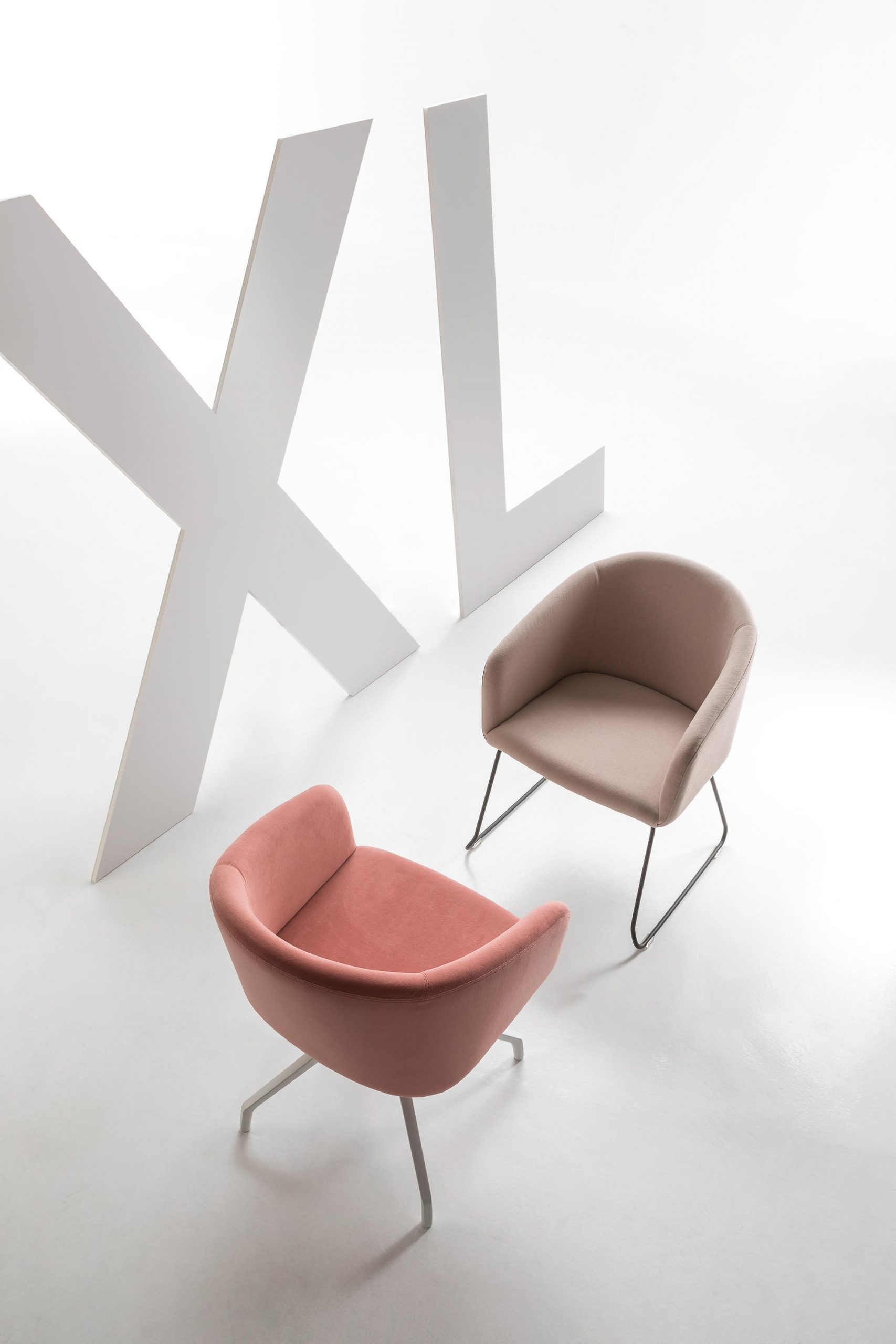 Bloom Chair by Luxy