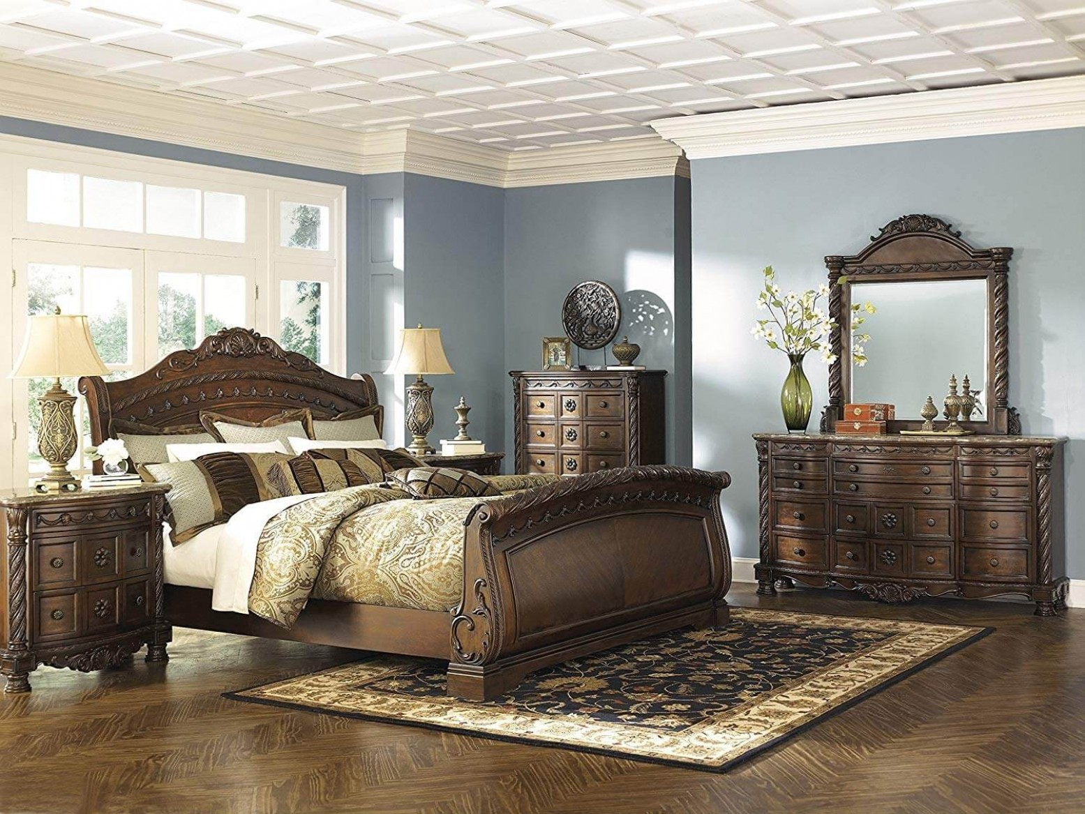 Ashley Sm North Shore Wood Sleigh Bedroom Set