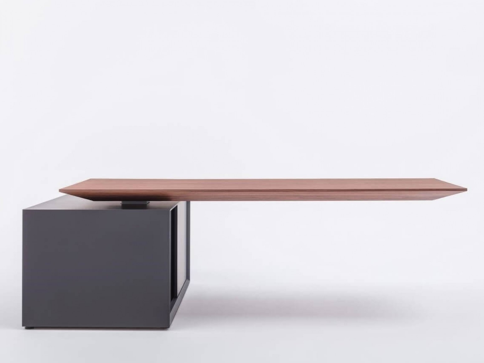 Picture of: Gravity Electric Height Adjustable Desk W Managerial Storage By Mdd Office Furniture Sohomod Com