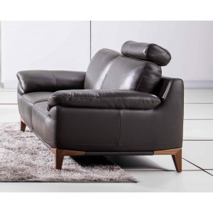 S93 Loveseat, Brown by Beverly Hills Furniture