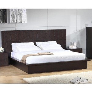 Anchor Queen Size Bed by Beverly Hills Furniture