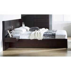 Echo Queen Size Bed by Beverly Hills Furniture