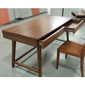 Anthrop Desk by Beverly Hills Furniture