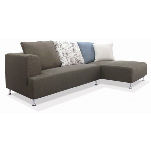 Blossom Sectional w/Pillow, Right Arm Chaise Facing by New Spec Furniture