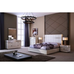 Paris Bedroom Set by J&M Furniture
