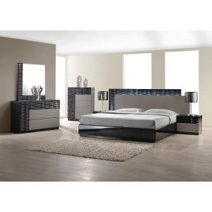 Roma Bedroom Set by J&M Furniture