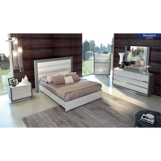 Mangano Wood/Ecoleather Platform Bedroom Set photo