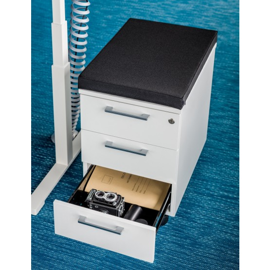 Standard Mobile Pedestal w/3 Drawers, Lock & Casters photo