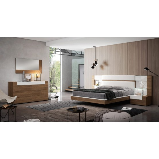 Mar Wood Veneer/Eco-Leather Platform Bedroom Set photo