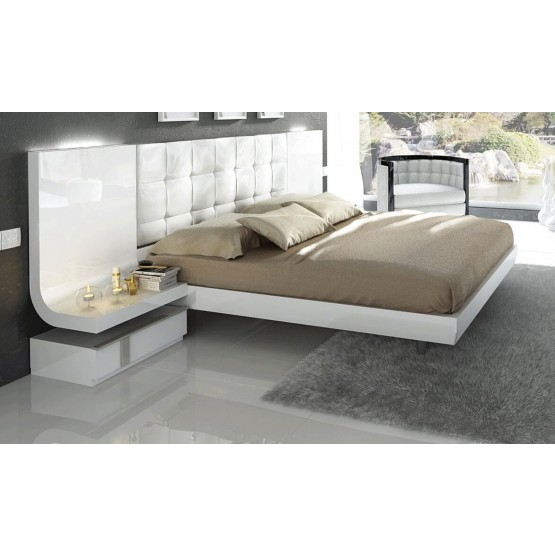 Granada Wood Tufted Bed w/Lights, Queen Size photo