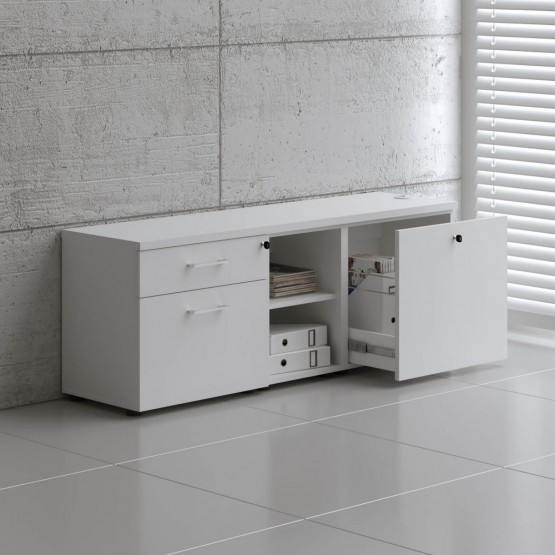 STANDARD A12M Managerial Storage photo