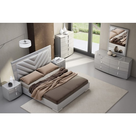 The New York Modern Upholstered/Glossy Panel Bedroom Set photo