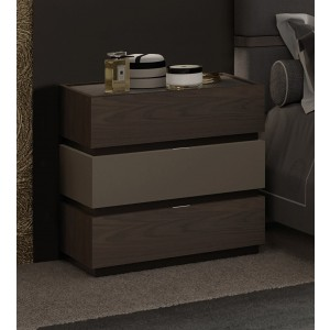 Leo Wood Veneer Nightstand w/3 Drawers