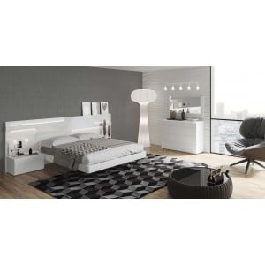 Sara Lacquer Platform Bedroom Set