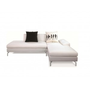 Bosnia Sectional w/Pillow, Right Arm Chaise Facing by New Spec Furniture